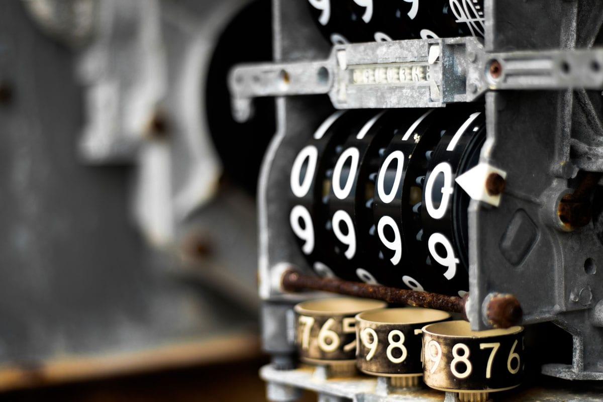meter-at-0000-1364700-min